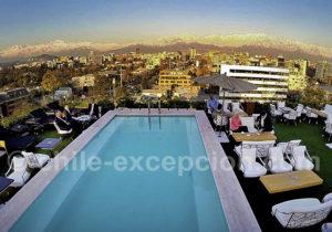 Terrasse et piscine du Noi Vitacura