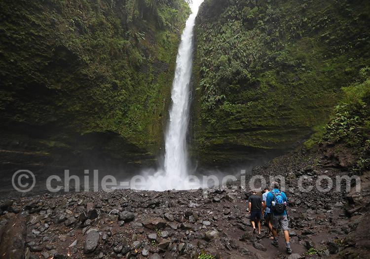 Tour du lac Llanquihué, cascade de Cascadas