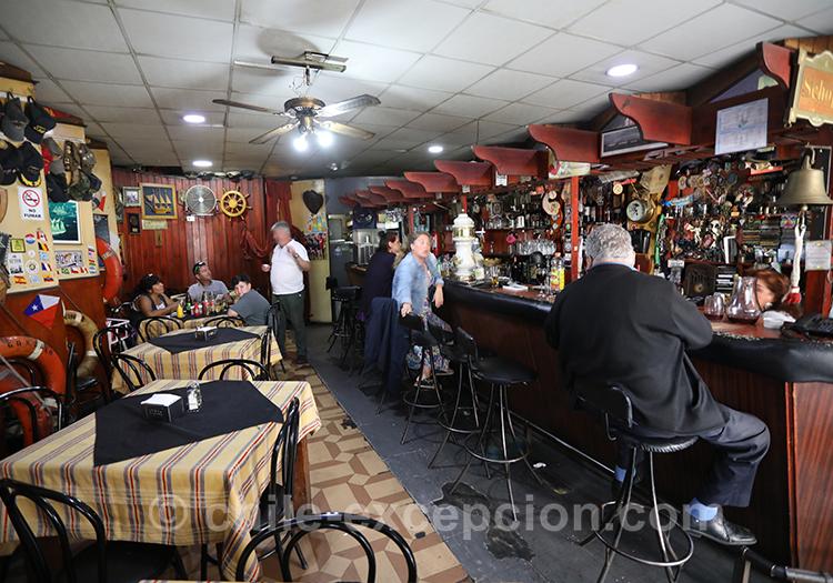 Bar restaurant Neptuno, Valparaiso avec l'agence de voyage Chile Excepción