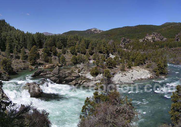 Río Caleufu a 18 kms du lac Meliquina, route 63