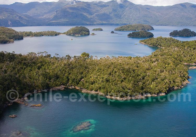 Survol des fjords et volcans de Patagonie