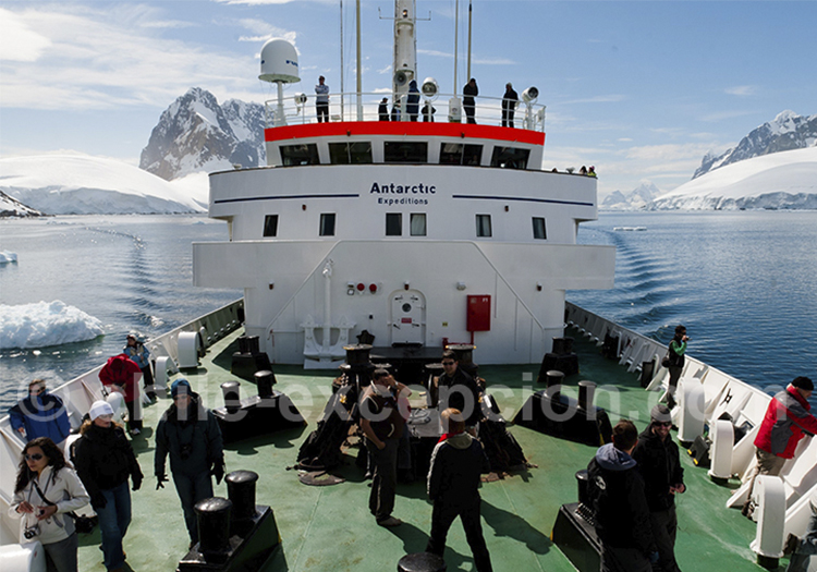 départ pour l'Antarctique sur le MV Ushuaia