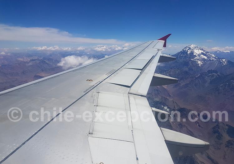 Survol de l'Aconcagua entre Mendoza et Santiago