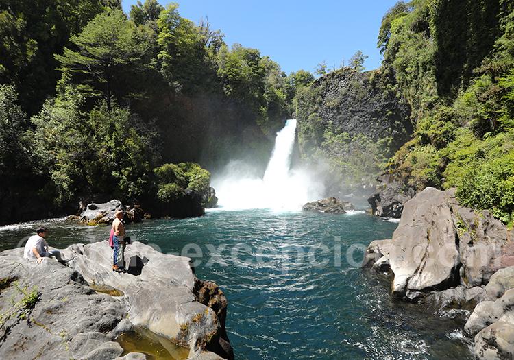 Excursion à la cascade de Huilo Huilo
