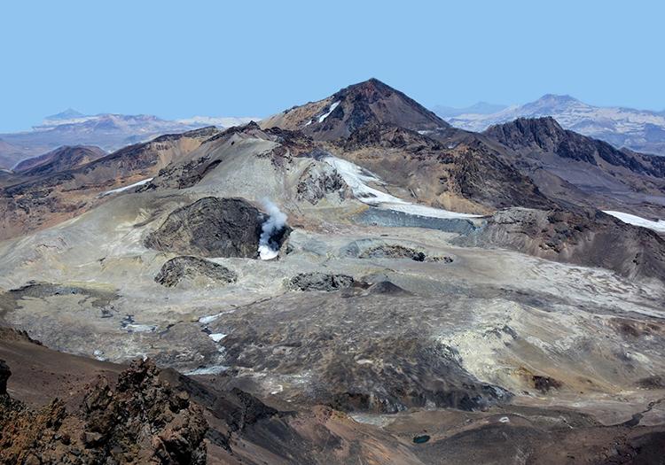 Volcan Peteroa depuis le volcan Planchón