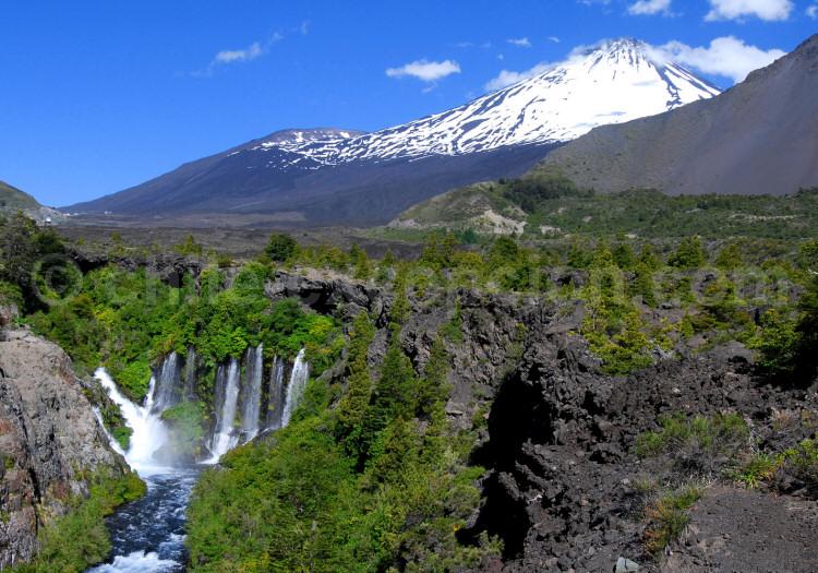 Parc national Laguna del Laja, volcan Antuco, rio Laja, Biobío. Crédit Lawrence Hinkey