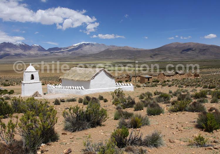Eglise de Vilacoyo, sur le route de Surire à Colchane