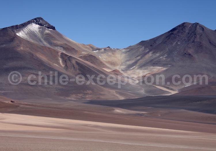 Pics Wheelwright (5.805 m) et Cerro Peña Blanca (6.030 m)