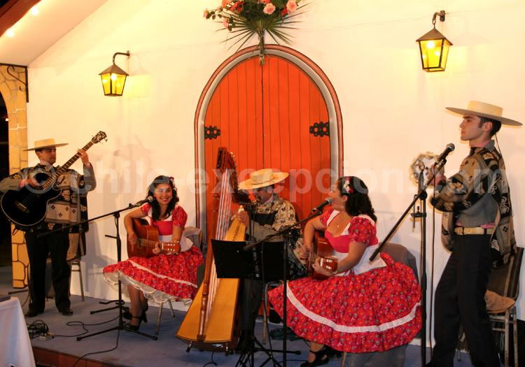 La cueca, danse officielle du Chili