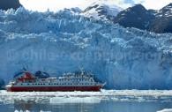 Navigation au plus près des glaciers