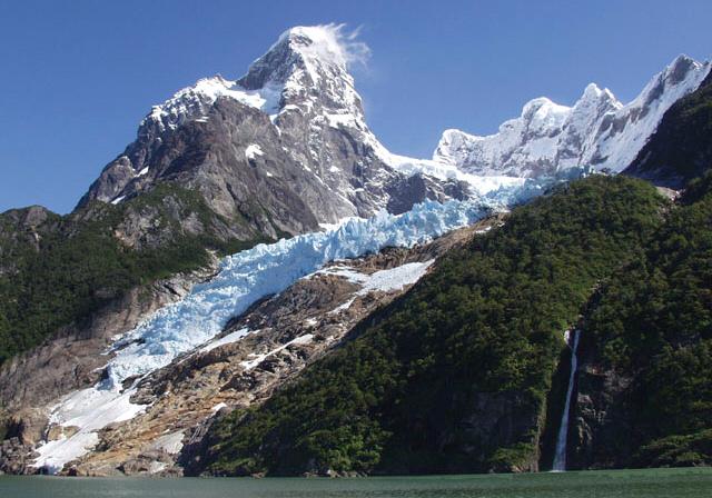 Glacier Balmaceda, Patagonie chilienne - Crédit CC Flickr/portodaspartes