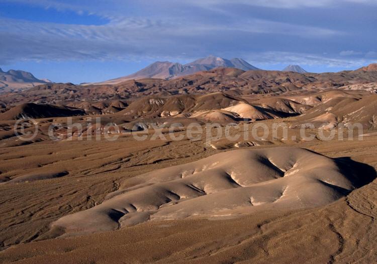 Formations volcaniques, désert d'Atacama