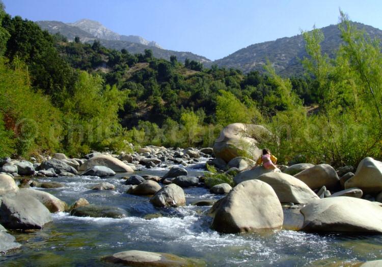 Río Clarillo, Réserve nationale Río Clarillo. Crédit Francisco Sottolichio