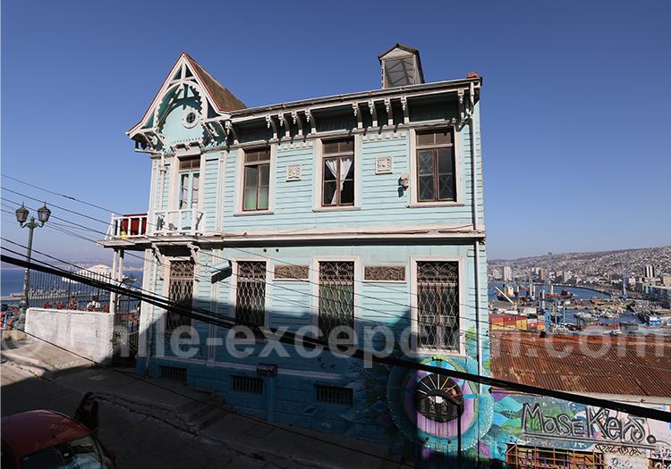 RestoBar Casa Cuatro Vientos, Valparaiso
