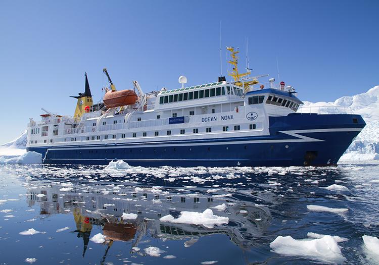 Bateau Ocean Nova, croisières en Antarctique