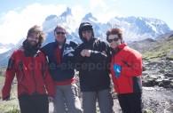 Pose devant los Cuernos, Torres del Paine