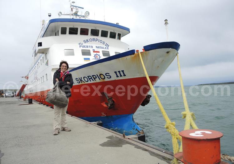 Embarquement sur le Skorpio III, Puerto Natales