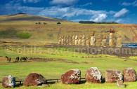 statues moai