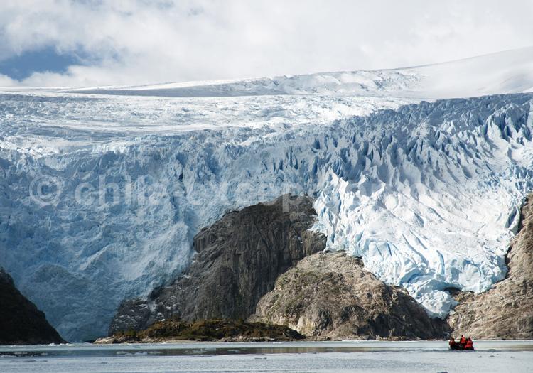 Glacier chilien © Luis Bertea