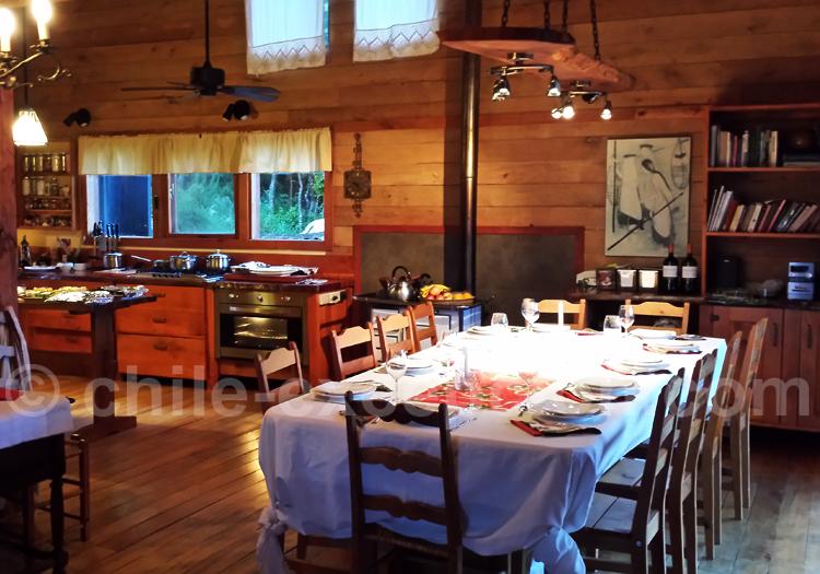Salle à manger, Lodge Kila Tai Tai