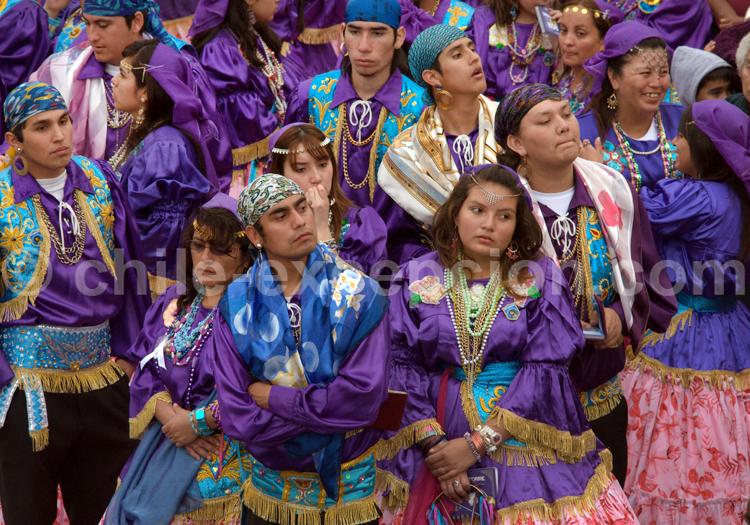 Danseurs lors de la fête de la Tirana