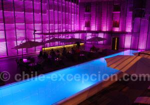 Piscine et bar de l'hôtel Terrado Arturo Prat