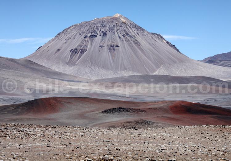 Vallée dans le désert d'Atacama