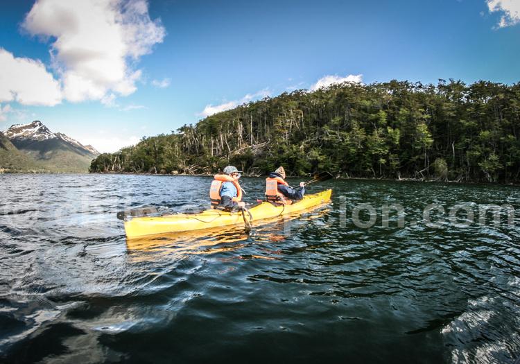 Kayak, Lodge Deseado