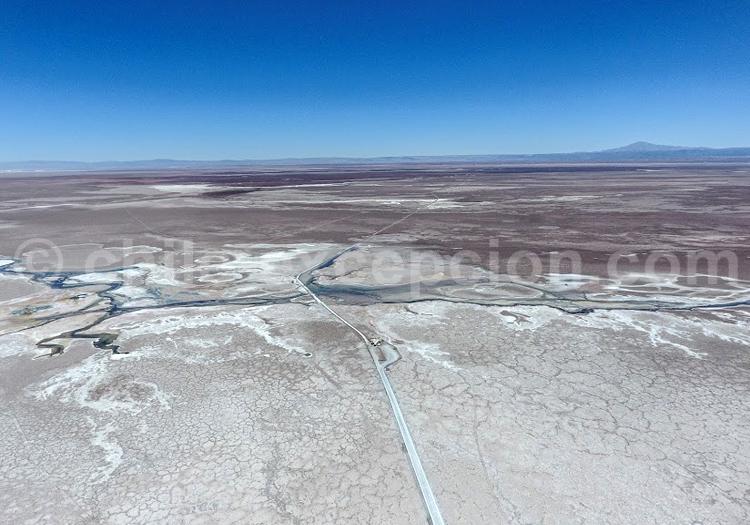 Survol Atacama - Crédit Bernard Courtois
