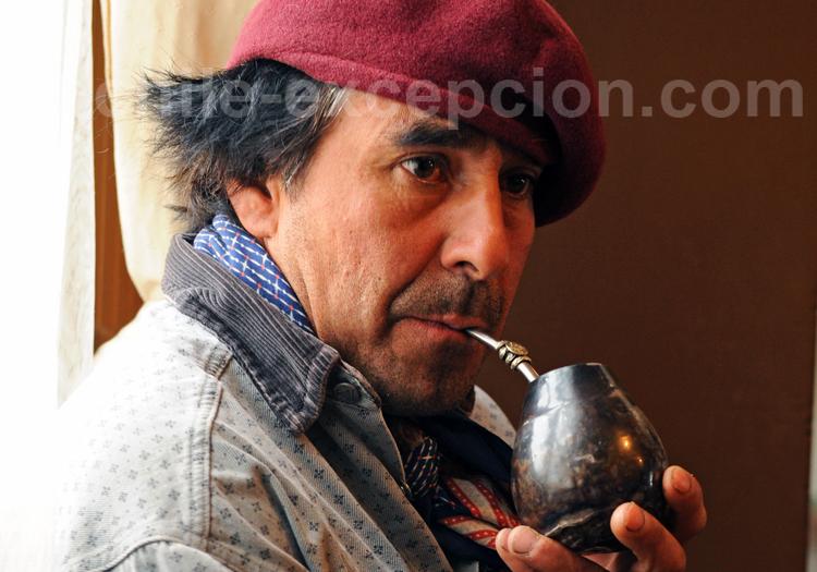 Boire du maté au Chili