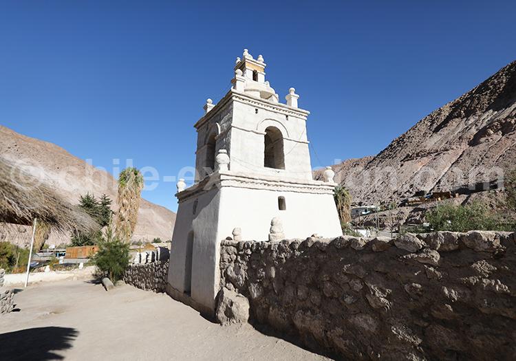 Chapelle de Guañacagua, province de Arica, haut plateau andin