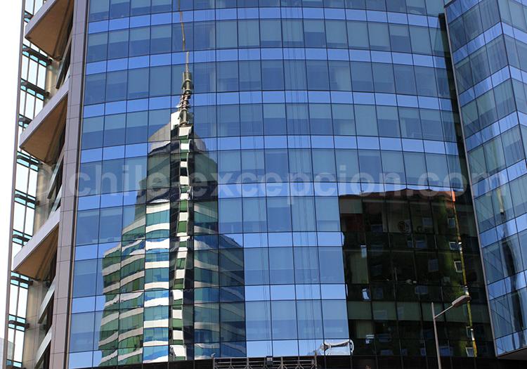 Grattes ciel en verre, Santiago de Chile