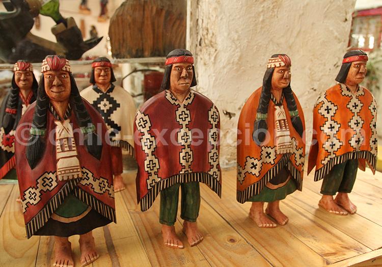Statuettes mapuche, Pueblito Los Dominicos, Santiago du Chili