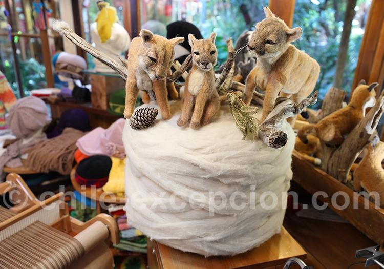 Pumas en laine de mouton