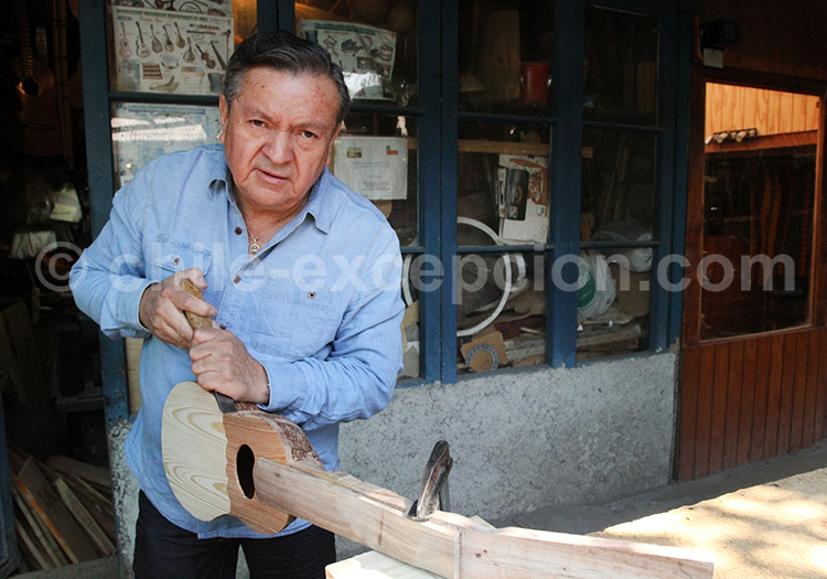 Artisan, Pueblito Los Dominicos, Chili
