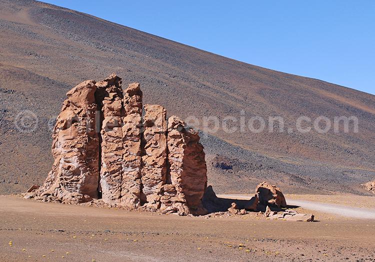 Monjes de la Pacana, Chili