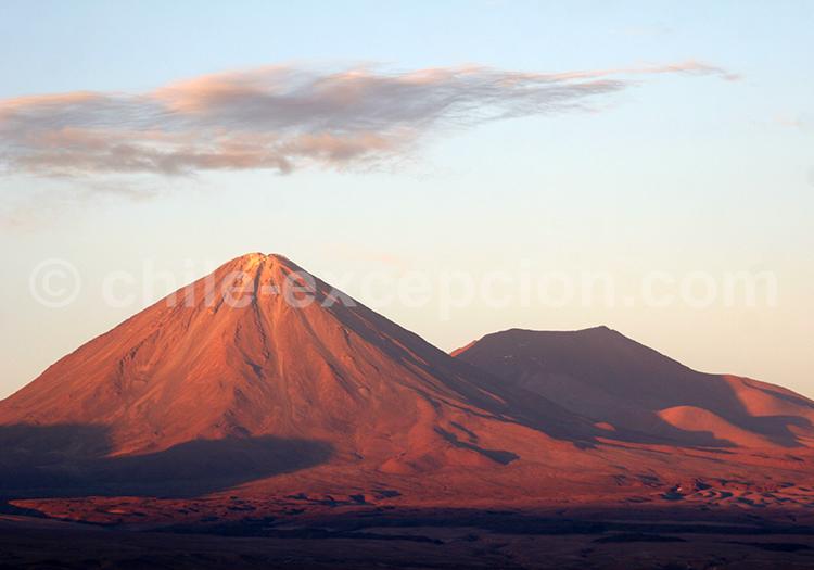 Coucher de soleil au Volcan Licancabur, Chili