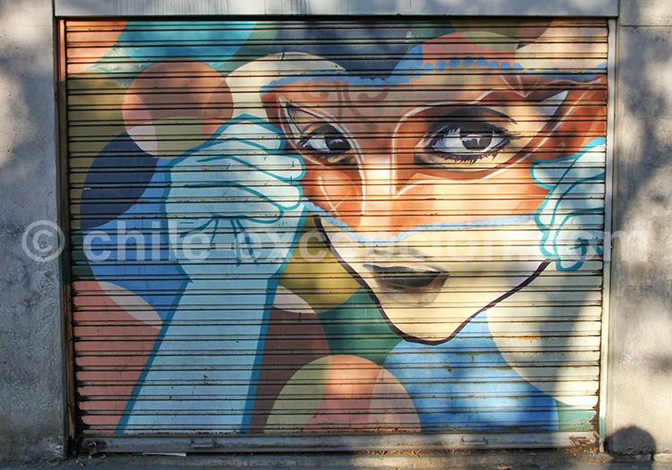 Art de rue à Bellavista, quartier de la capitale chilienne