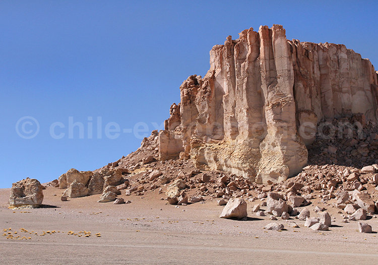 Monjes de Pacana, Nord du Chili