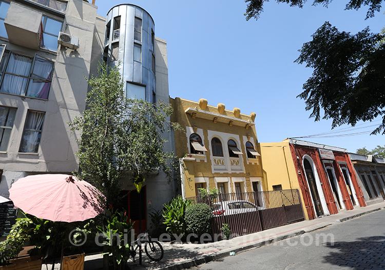 Magnifiques couleurs du quartier Yungay, Santiago
