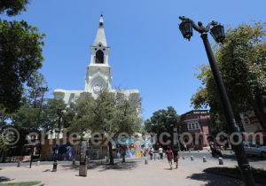 Eglise San Saturnino, plaza Yungay, Santiago