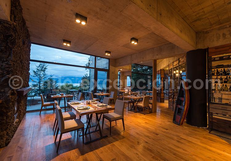 Hôtel Awa, Restaurant