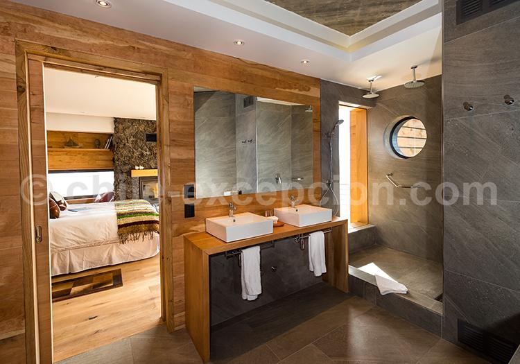 Hôtel AWA, Salle de bain