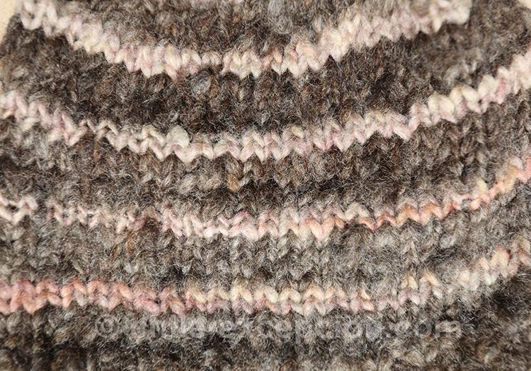 Tissu rayé tricoté au Chili avec l'agence de voyage Chile Excepción