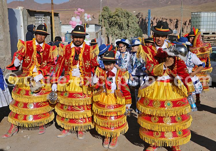 Ornements et costume de l'Altiplano