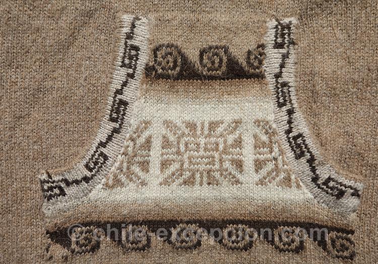 Motifs andins sur tissu en laine avec l'agence de voyage Chile Excepción