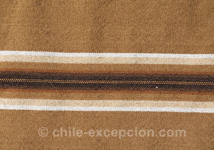Tissus andins à rayures au Chili avec l'agence de voyage Chile Excepción