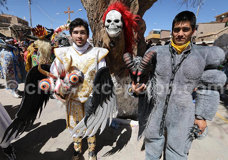 Coutumes indiennes et catholiques au Chili