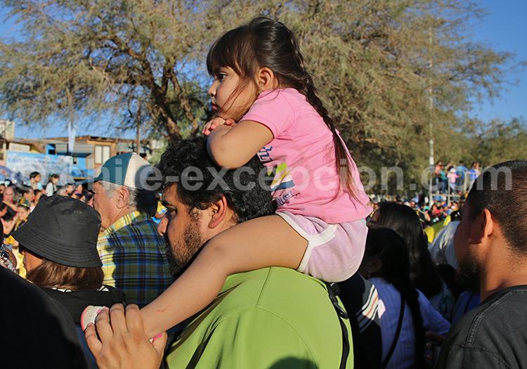 Scène de rue en famille, Nord du Chili