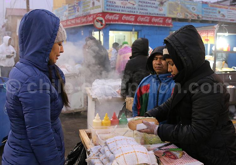 Manger à Iquique, Nord du Chili